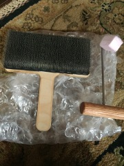 Burnishing brush and doffer